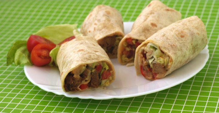 vegan tortilly se sójovým masem a zeleninou