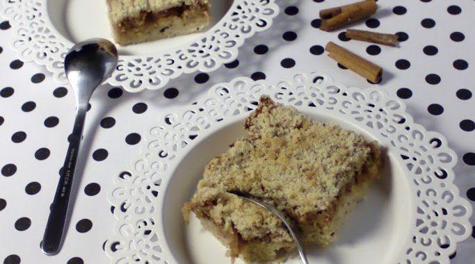 vegan jablkový koláč s drobenkou